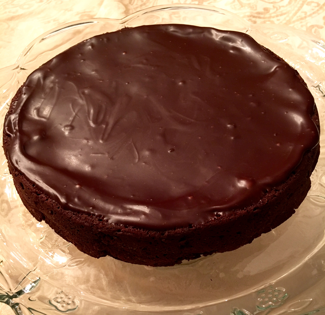 Flourless Chocolate Cake With Ganache Glaze