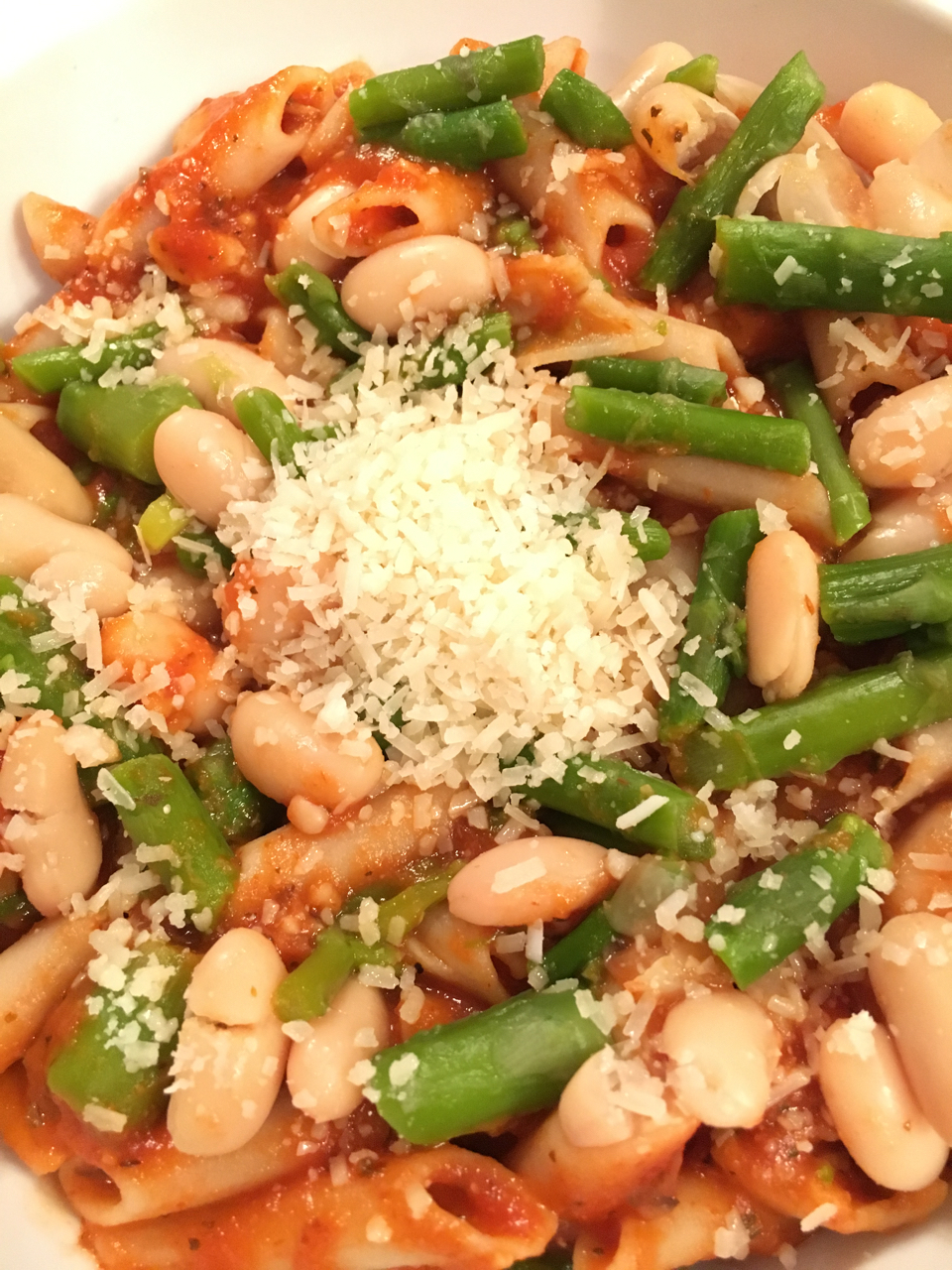 Pasta With Cannellini Beans And Asparagus