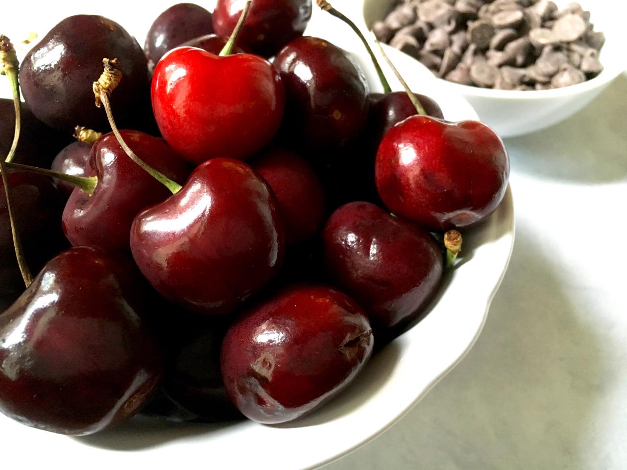 Bing Cherries Chocolate Chips