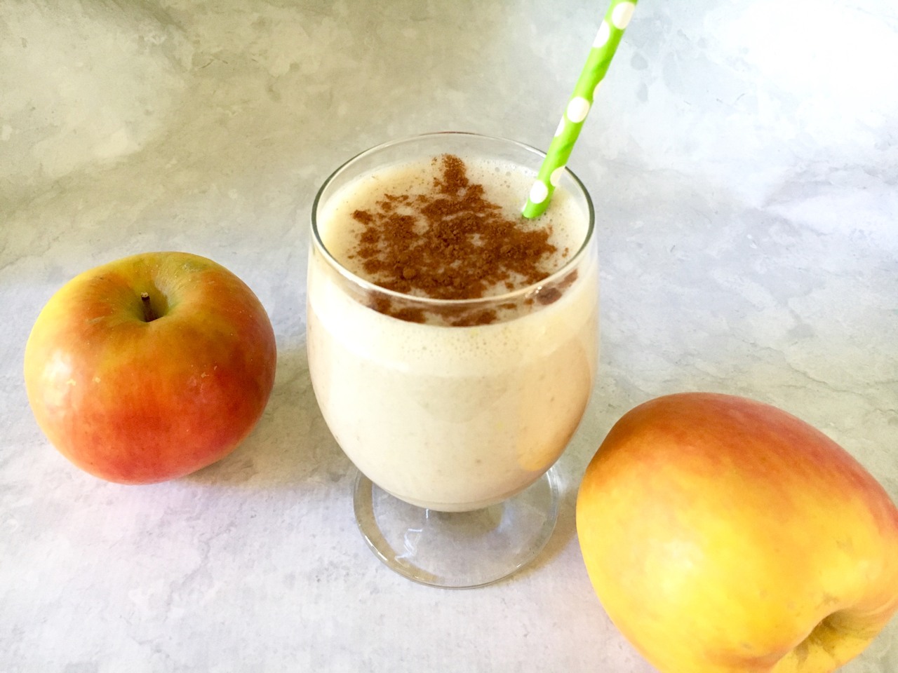 Apple Cinnamon Protein Smoothie