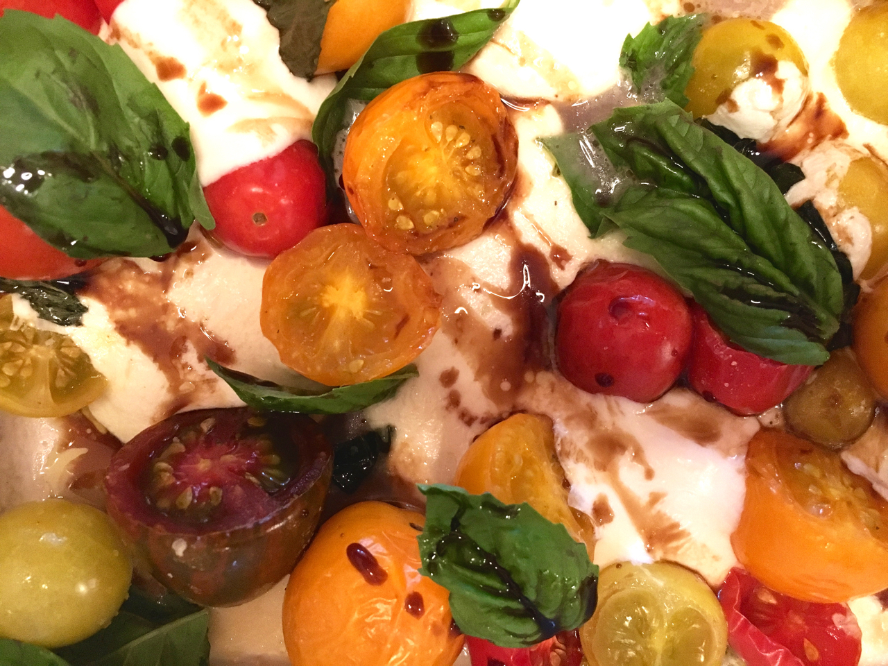 Roasted Heirloom Tomato Basil Mozzarella Caprese Salad